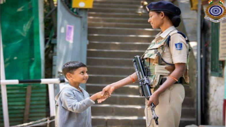 Jammu Kashmir: జమ్మూ కాశ్మీర్లో పాక్షికంగా కర్ఫ్యూ సడలింపు, కొన్ని చోట్ల కమ్యూనికేషన్ పునరుద్ధరణ, పుకార్లు వ్యాపిస్తున్న నేపథ్యంలో హైఅలర్ట్.