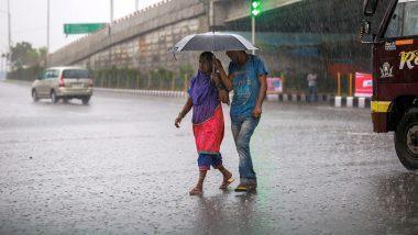 Telangana Floods: హైదరాబాద్కు సమీపంలో తీవ్ర వాయుగుండం, జీహెచ్ఎంసీ పరిధిలో 2 రోజుల పాటు సెలవులు ప్రకటించిన ప్రభుత్వం, హెల్ప్ లైన్ నెంబర్లు జారీ