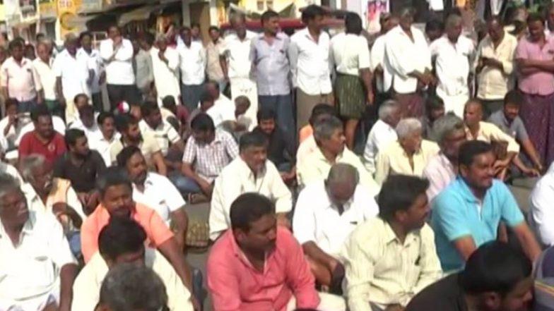 Amaravathi Protests: 'మా బతుకులకే గ్రహణం పట్టింది'! అమరావతి ప్రాంతంలో కొనసాగుతున్న నిరసనలు, మందడం వద్ద ఉద్రిక్తత, టీడీపి నేతల హౌజ్ అరెస్ట్, రేపటి ఏపీ కేబినేట్ భేటీపై ఉత్కంఠత