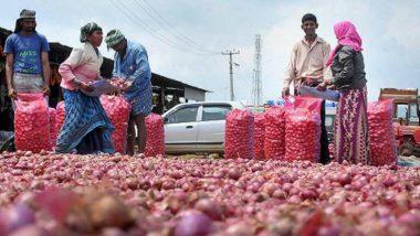 Onions At Rs 22-23 Per KG: ఇరవై రెండు రూపాయలకే కేజీ ఉల్లి, కీలక నిర్ణయం తీసుకున్న కేంద్ర ప్రభుత్వం, పోర్టుల వద్ద మిగిలిపోయిన స్టాక్ను క్లియర్ చేసే ఆలోచనలో కేంద్ర ప్రభుత్వం