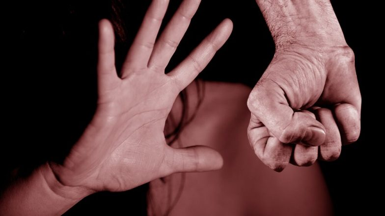 Delhi Rape Case: సిగ్గుచేటు..94 ఏళ్ల ముసలమ్మపై అత్యాచారం. దేశ రాజధాని ఢిల్లీలో దారుణమైన ఘటన, నిందితుడిని అరెస్ట్ చేసిన పోలీసులు, బాధిత వృద్దురాలిని పరామర్శించిన ఢిల్లీ కమిషన్ ఫర్ ఉమెన్ చీఫ్