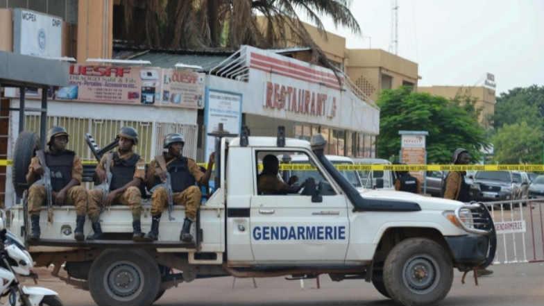Burkina Faso: క్రిస్మస్ రోజున ఉగ్రవాదుల మారణహోమం, 35 మంది పౌరులు మృతి, 80 మంది ఉగ్రవాదుల్ని హతమార్చిన సైన్యం, గత నాలుగు సంవత్సరాల నుంచి పంజా విసురుతున్న ఉగ్రవాదులు