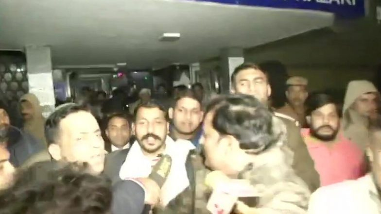 'Jama Masjid Is Not In Pakistan': జామా మసీదు పాకిస్తాన్లో ఉందా..?, నిరసన తెలపడం పౌరుల రాజ్యాంగ హక్కు అన్న సుప్రీంకోర్టు, ఆజాద్ బెయిల్ పిటిషన్ విచారణ సందర్భంగా సుప్రీంకోర్టు కీలక వ్యాఖ్యలు