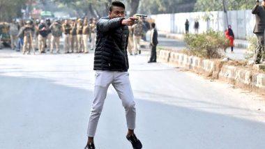 Yeh Lo Azaadi: 'జై శ్రీరామ్.. ఏలో ఆజాదీ' దిల్లీలో సంచలన ఘటన, పౌరసత్వ చట్టంపై నిరసనలు చేస్తున్న వారిపై ఓ వ్యక్తి కాల్పులు, ఒకరికి బుల్లెట్ గాయాలు, ఆపై లైవ్ వీడియో