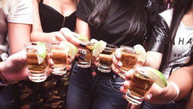 Liquor Flowing Taps: 'ఇంటింటికీ మద్యం పథకం' ?! నీటి కులాయిల్లో మద్యం ప్రవాహం, ఆశ్చర్యం వ్యక్తం చేసిన స్థానికులు, ఆనందం వ్యక్తం చేసిన మందుబాబులు, అసలు విషయం ఇదీ!