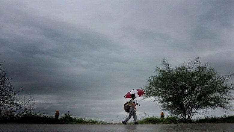 Rain Forecast: పుంజుకుంటున్న రుతుపవనాలు, తెలంగాణలో రాబోయే మూడు రోజుల వరకు మోస్తారు వర్షాలు కురుస్తాయని అంచనా వేసిన వాతావరణ శాఖ; ఆంధ్రప్రదేశ్లోనూ అక్కడక్కడ జల్లులకు అవకాశం