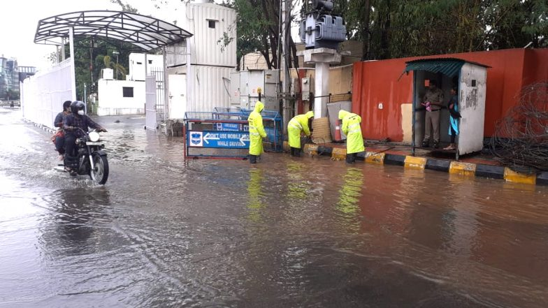 Weather Update: హైదరాబాద్లో ఈదురు గాలులతో కూడిన భారీ వర్షం, జలమయమైన రోడ్లు, రాగల 24 గంటల్లో తెలంగాణలో భారీ వర్షాలు కురుస్తాయని వాతావరణ శాఖ వెల్లడి