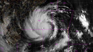 Cyclone Amphan Update: తీరం వైపు అంఫాన్ తుఫాను, ఒడిశా, పశ్చిబెంగాల్ మధ్యలో తీరం దాటే అవకాశం, ఉత్తరాంధ్రలో భారీ వర్షాలు కురిసే అవకాశం
