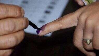 EC Defers By-polls in 7 States: ఏడు రాష్ట్రాల్లో ఉప ఎన్నికలు వాయిదా, కరోనా నేపథ్యంలో కీలక నిర్ణయం తీసుకున్న ఎన్నికల కమిషన్