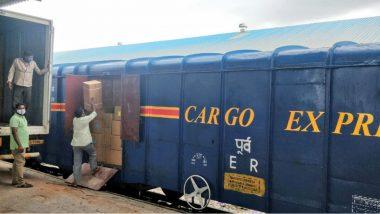 Hyderabad-Delhi Cargo Express: హైదరాబాద్ నుంచి ఢిల్లీకి తొలి కార్గో ఎక్స్ప్రెస్ రైలు, సనత్ నగర్ నుంచి ప్రారంభించిన దక్షిణ మధ్య రైల్వే, కనిష్టంగా 60 టన్నుల వరకు బుకింగ్ సదుపాయం