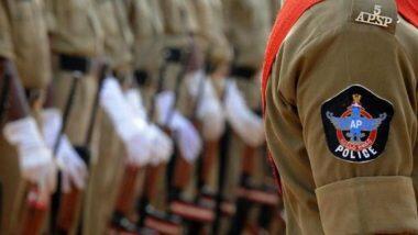 AP Police: తమిళనాడు ఎన్నికల్లో సేవా దృక్పథాన్ని చాటుకున్న ఏపీ పోలీసులు, ఓటింగ్ వేయడానికి వచ్చినవారికి సాయం, దగ్గరుండి వారికి సేవలు చేసిన ప్రకాశం జిల్లా పోలీసులు