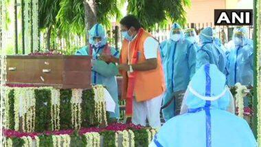 Pranab Mukherjee's Last Rites: ముగిసిన ప్రణబ్ ముఖర్జీ అంతిమ యాత్ర, అంతిమ సంస్కారాలు నిర్వహించిన అభిజిత్ ముఖర్జీ, సైనిక లాంఛనాలతో తుది వీడ్కోలు