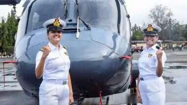 Women Airborne Combatants: నేవీలో చారిత్రక ఘట్టం, యుద్ధనౌకల్లోకి మహిళామణులు, ఎంహెచ్-60ఆర్ హెలికాఫ్టర్లలో విధులు నిర్వహించనున్న ఇద్దరు మహిళా అధికారులు