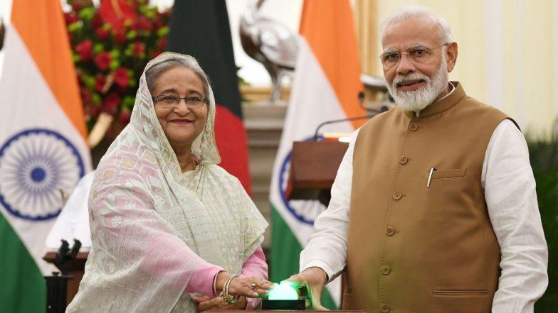 PM Modi Bangla Tour: 'బంగబంధు బ్రతికి ఉంటే బంగ్లాదేశ్ మరో స్థాయిలో ఉండేది'! బంగ్లాదేశ్లో పర్యటిస్తున్న భారత ప్రధాని, కోవిడ్19 వ్యాప్తి తర్వాత నరేంద్ర మోదీ చేస్తున్న మొదటి విదేశీ పర్యటన ఇదే