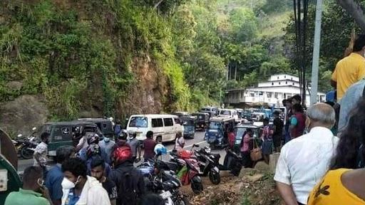 Sri Lanka Bus Accident: భయానక వీడియో..లోయలో పడిన బస్సు, 14 మంది అక్కడికక్కడే దుర్మరణం, 30 మందికి తీవ్ర గాయాలు, శ్రీలంకలో పసరా పట్టణానికి సమీపంలో విషాద ఘటన