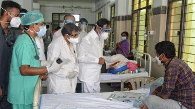 CM KCR Warangal Tour: వరంగల్ ఎంజీఎం ఆసుపత్రిని సందర్శించిన సీఎం కేసీఆర్, కోవిడ్ బాధితులకు పరామర్శ, ఆసుపత్రిలో వైద్యసేవలు, ఆక్సిజన్ సరఫరాపై ఆరా