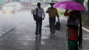 Telangana Rains: తెలంగాణలో మూడు రోజల పాటు భారీ వర్షాలు, హెచ్చరికలు జారీ చేసిన హైదరాబాద్ వాతావరణ కేంద్రం, తీవ్ర వాయుగుండంగా మారిన అల్ప పీడనం