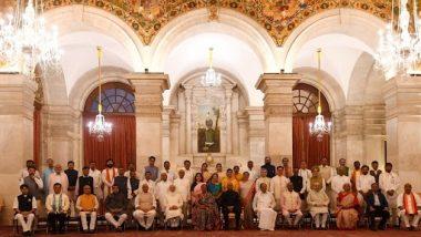 Modi Cabinet 2.0: ఏడు మంది సీనియర్లకు ఉద్వాసన పలికిన మోదీ, కేంద్ర మంత్రి పదవులకు రాజీనామా చేసిన హర్షవర్ధన్, రవిశంకర్ ప్రసాద్, ప్రకాశ్ జవదేకర్, రమేష్ పోఖ్రియాల్ నిషాంక్, బాబుల్ సుప్రియోలు, కొత్త మంత్రులతో 77కు చేరిన ప్రధాని టీం