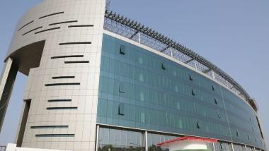 Vishakha Turns to IT Hub: విశాఖను ఐటీ కేంద్రంగా మార్చేందుకు జగన్ సర్కారు కసరత్తు, ఐటీ ఎమర్జింగ్ టెక్నాలజీస్ రీసెర్చ్ యూనివర్సిటీని ఏర్పాటు చేయాలని నిర్ణయం, స్కిల్ డెవలప్మెంట్ యూనివర్సిటీ కూడా అందుబాటులోకి